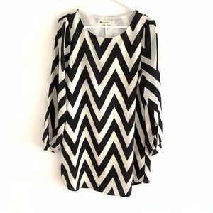 The Impeccable Pig B&W Chevron 3/4 Sleeve Dress